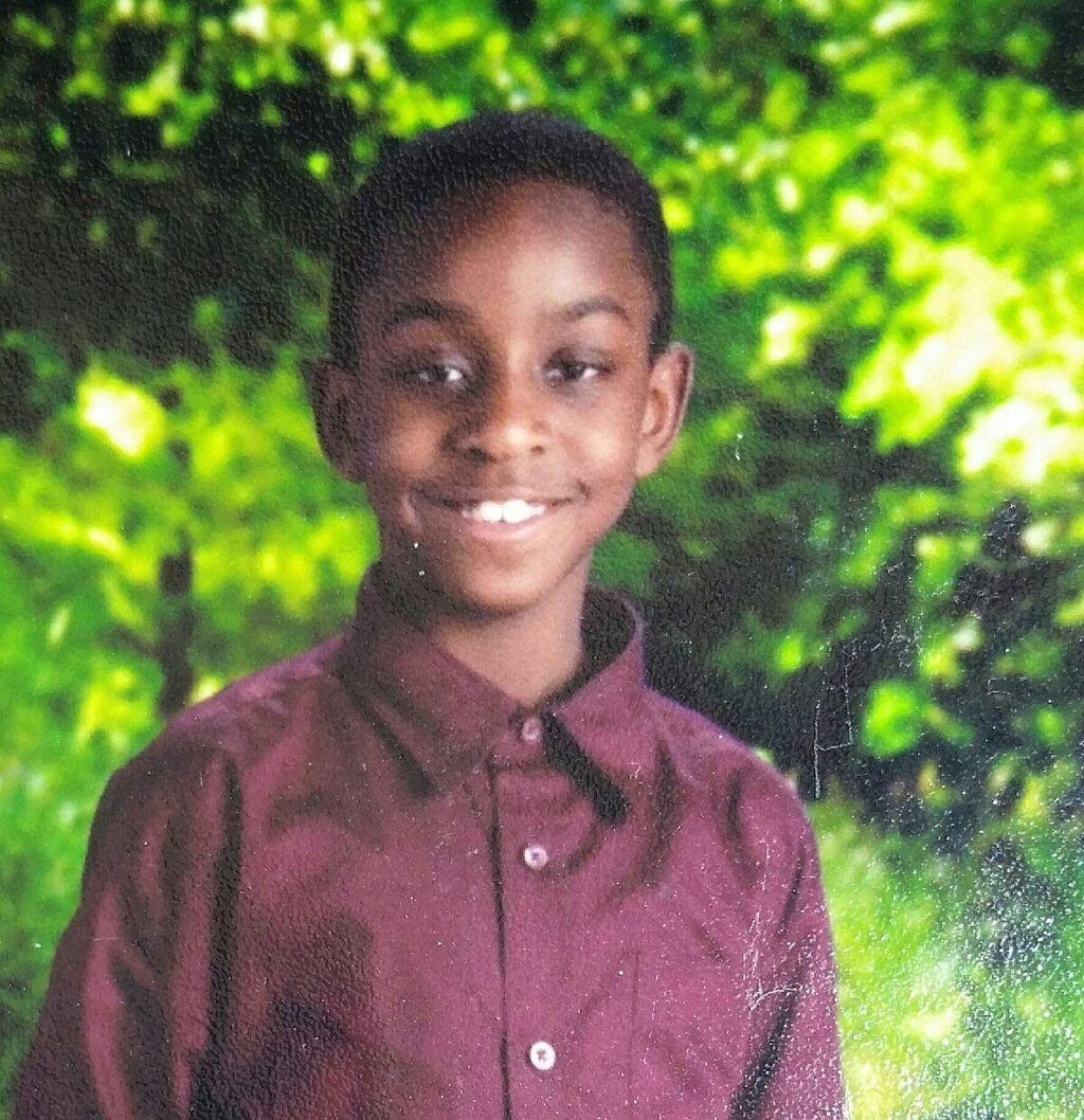 3/3 Joshua was last seen just before 10am. Any info call 911 or 410-307-2020. Pls repost. ^jzp