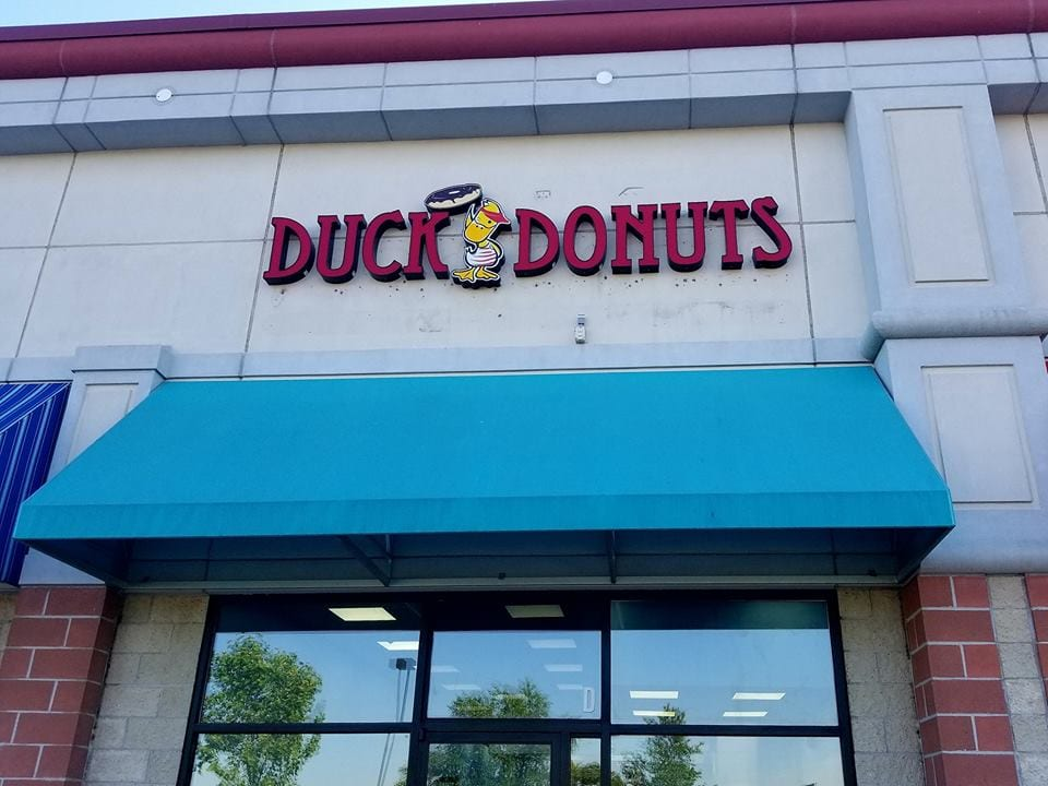 duck donuts white marsh 1